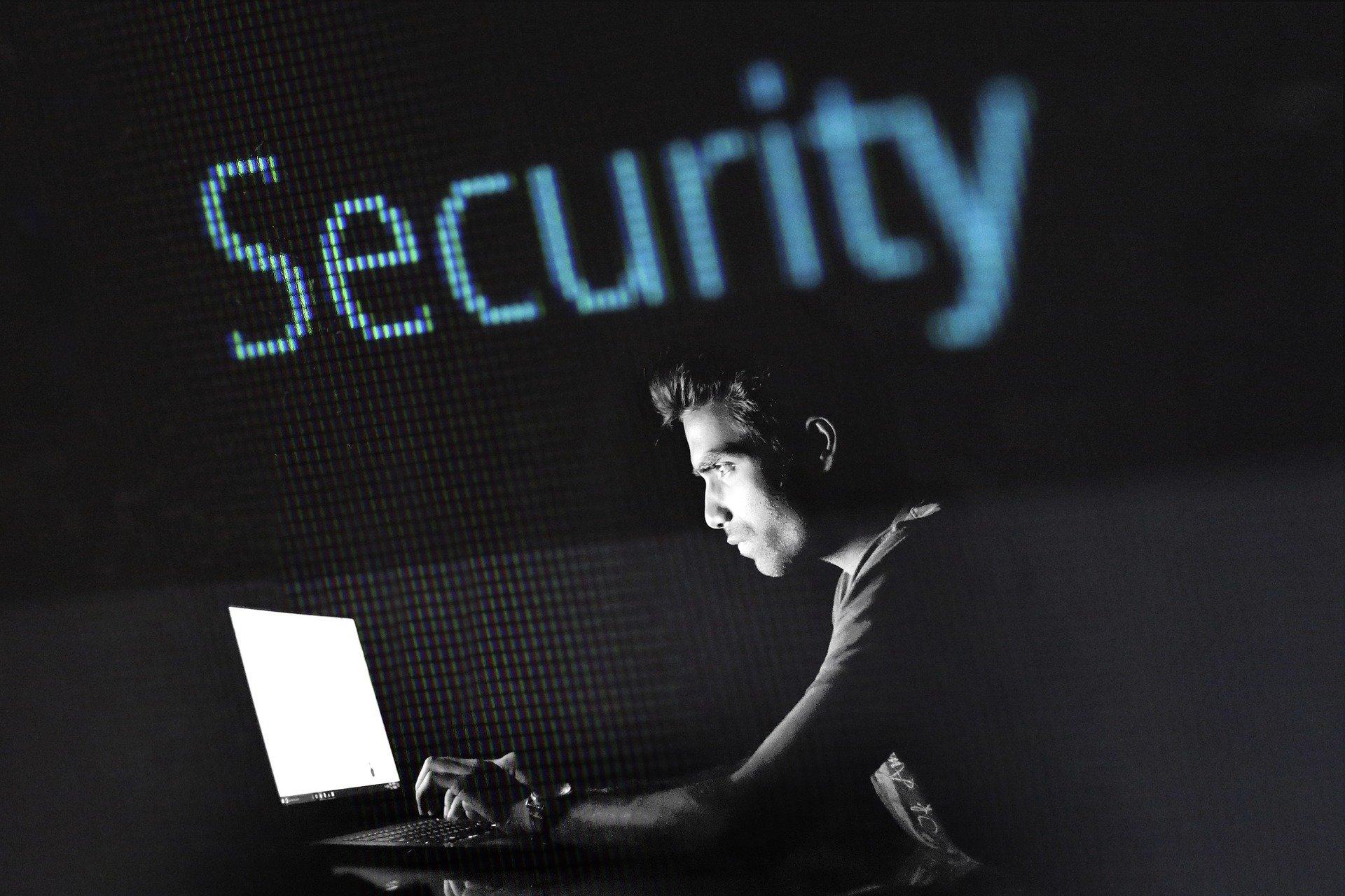 hacking-2964100_1920